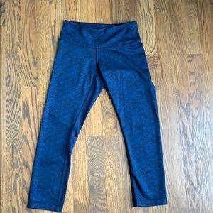 Lululemon crop leggings size 2